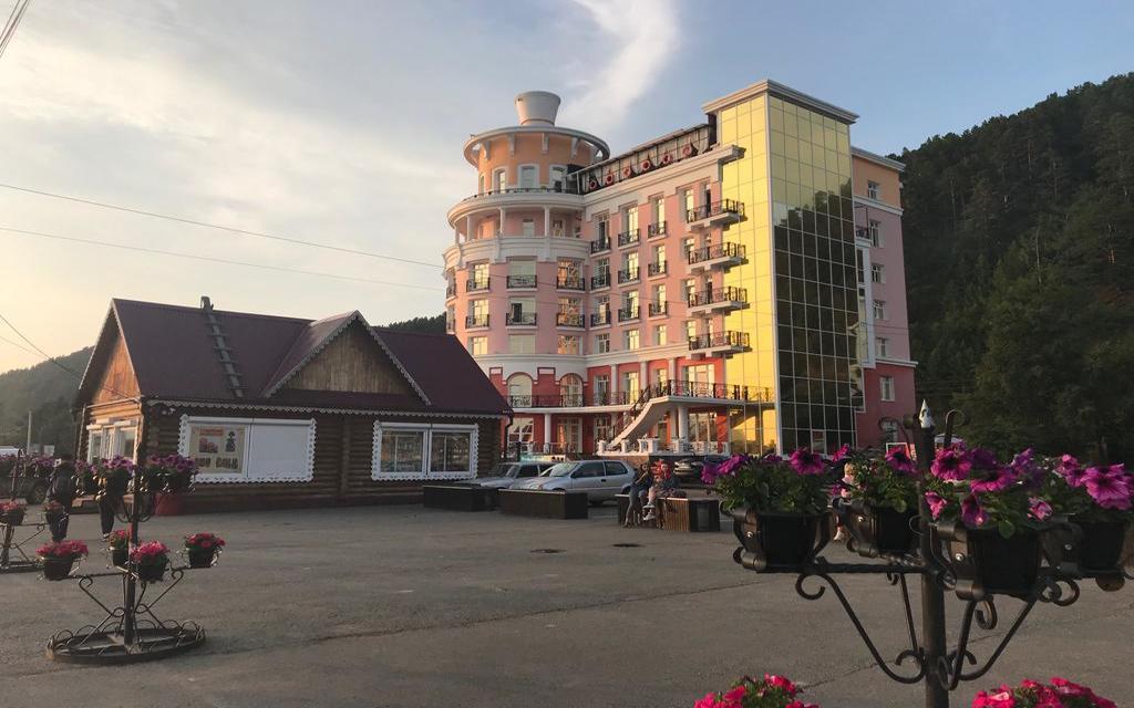 Hotel Majak w Listwiance