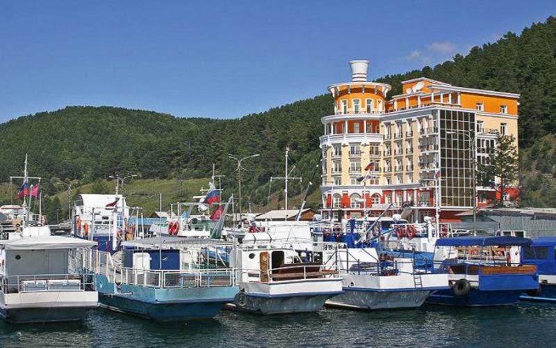 Listwianka nad Bajkałem - hotel Majak
